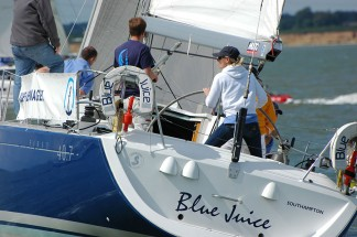 Beneteau 40.7 cruiser racer