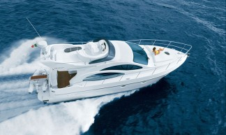 Azimut 42 high performance motor yacht