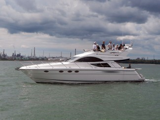 Fairline Phantom 48 for VIP corporate hospitality on the South coast